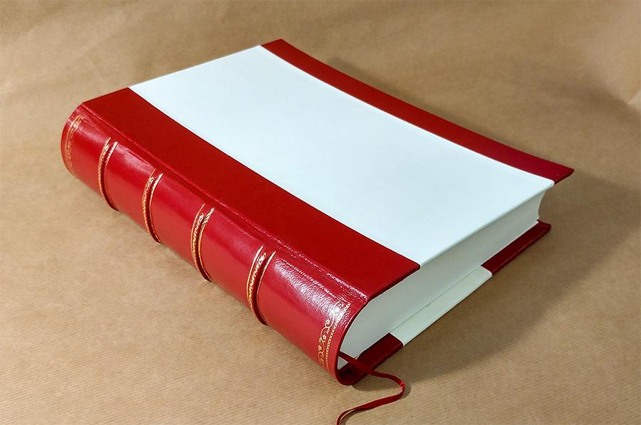 Legatoria Rumori - Volume rilegato in pelle e pergamena